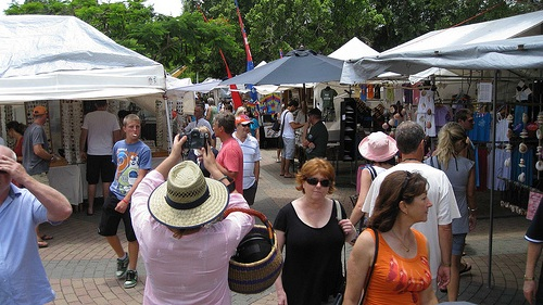 eumundi-markets-sunshine-coast