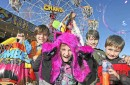 Sunshine Coast Agriculture Show - kids at sideshow alley
