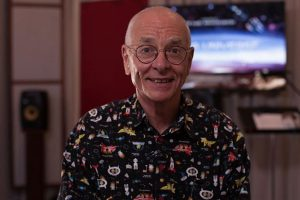 Dr Karl narrates Living Universe is an interstellar adventure